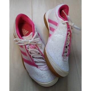 アディダス(adidas)の【新品】アディダスadidas ピンクトレーニングシューズ(その他)