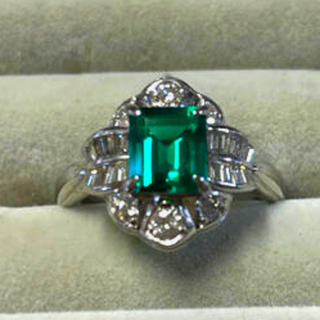 キョウセラ(京セラ)のクレサンベール エメラルド1.23ct ダイヤモンド0.61ct プラチナ 指輪(リング(指輪))