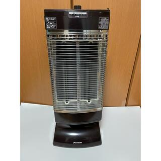 ダイキン(DAIKIN)のDAIKIN ERFT11PS ダイキン セラムヒート 遠赤外線暖房機(電気ヒーター)