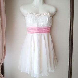 デイジー(Daisy)のパール付きドレス(ミニドレス)