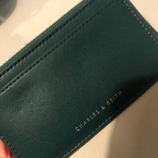 チャールズアンドキース(Charles and Keith)のカードケース(折り財布)
