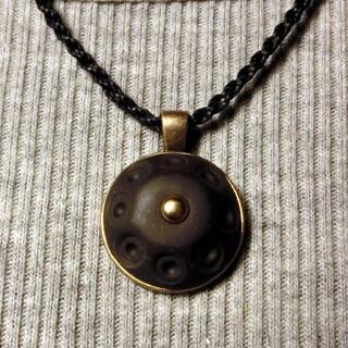 ハンドパン ネックレス M050 Sサイズ マクラメ handpanman(ネックレス)