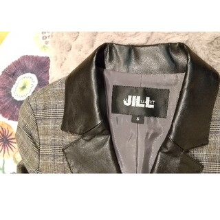 ジルスチュアート(JILLSTUART)のJILLSTUART(ジルスチュアート)テーラードジャケット グレー&チェック柄(テーラードジャケット)