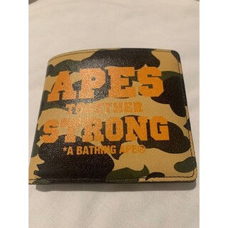 アベイシングエイプ(A BATHING APE)の【新品】A BATHING APE 財布 折り財布 迷彩(折り財布)