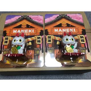POP MART LABUBU招き猫【限定品】2個セット(キャラクターグッズ)