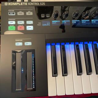 komplete kontrol S25 midiキーボード NI(MIDIコントローラー)