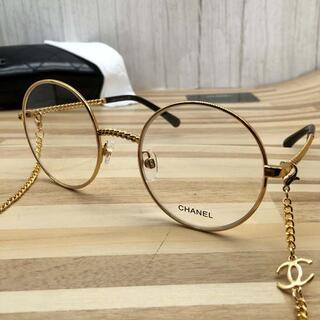 シャネル(CHANEL)のシャネル メガネ 金フレーム黒テンプル チェーン付き2186(サングラス/メガネ)