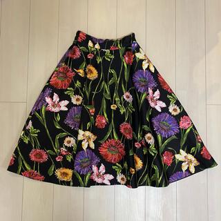 アンドクチュール(And Couture)のアンドクチュール 花柄フレアスカート(ひざ丈スカート)