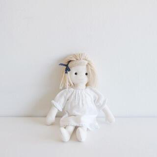 ボンポワン(Bonpoint)のお人形のキット(型紙/パターン)