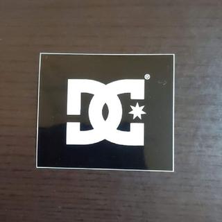 ディーシー(DC)の(縦4.3cm横5cm) DC ステッカー(その他)