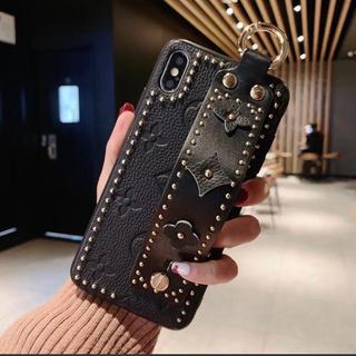 iphone 7 / 8 ケース カバー 花柄 スタッズ 黒 ベルト 本革(iPhoneケース)