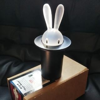 アレッシィ(ALESSI)の【新品】ALESSI(アレッシィ) 爪楊枝入れ Magic Bunny(収納/キッチン雑貨)