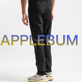 アップルバム(APPLEBUM)の【YEEZYと相性抜群‼️】APPLEBUM デニム ブラック M 夏服(デニム/ジーンズ)