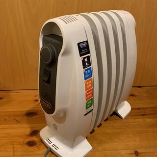 デロンギ(DeLonghi)のデロンギ NJ0505E(ピュアホワイト+ブラック) オイルヒーター 500W(オイルヒーター)