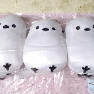 シマムラ(しまむら)のシマエナガ3匹抱き枕(ぬいぐるみ)