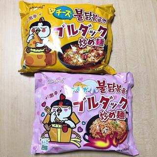 カルディ(KALDI)の韓国ラーメン ブルダック炒め麺 チーズ カルボナーラ 2個セット(インスタント食品)
