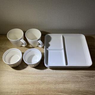 ニトリ(ニトリ)の【食器セット】6点セット 食洗機可 耐熱 プレート・ココット・マグカップ(食器)