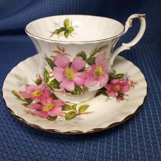 ロイヤルアルバート(ROYAL ALBERT)のロイヤルアルバート prairie rose カップ&ソーサー(食器)