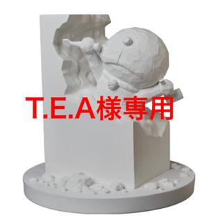 彫刻家ドラえもん White ver.(キャラクターグッズ)