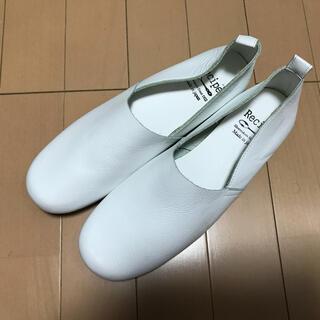 ミナペルホネン(mina perhonen)の【ナチュラン掲載】Recipi  レシピ 本革フラットシューズ  24.5cm(ローファー/革靴)