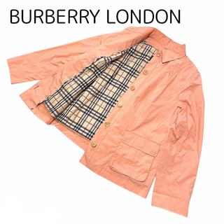 バーバリー(BURBERRY)の美品 バーバリーロンドン スプリングショートコート ピンク ノバチェック(スプリングコート)