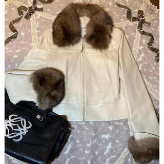FOXEY - フォクシー  襟、袖にロシアンセーブルがついたレザージャケット