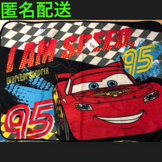ディズニー(Disney)のカーズ  ブランケット ひざかけ 毛布 フリース☆新品未使用 匿名配送(毛布)