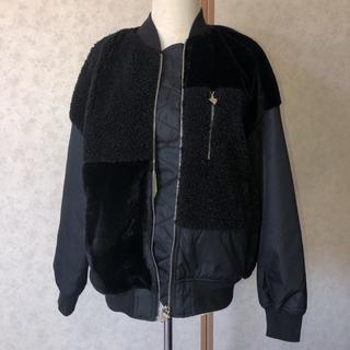ゲス(GUESS)の❤️超美品 Guess ファーアンドボア ジャケット 定価22,000円(ブルゾン)