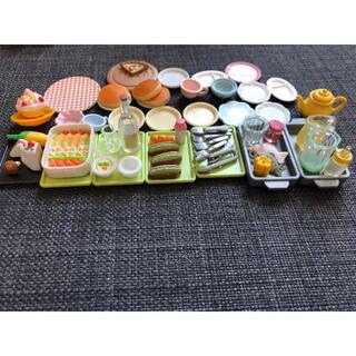 エポック(EPOCH)のシルバニアファミリー 食器&食料品セット(ぬいぐるみ/人形)
