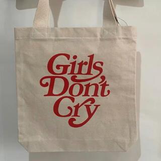 ジーディーシー(GDC)のGirls Don't Cry ガールズドントクライ ロゴ トート バッグ(トートバッグ)