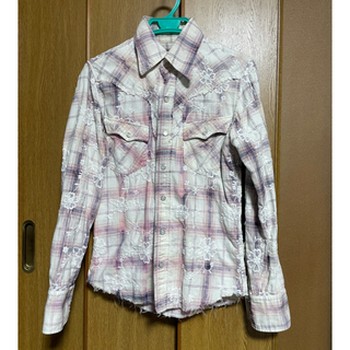 アユイテ(AYUITE)のアユイテの刺繍入りシャツ(シャツ)