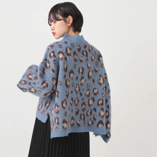 レオパード柄ニット/ブルー(ニット/セーター)