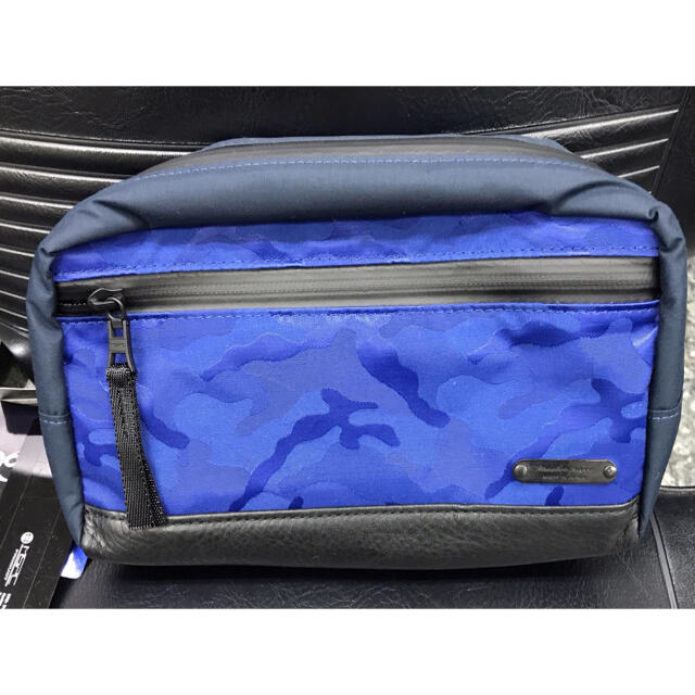 master-piece(マスターピース)のmasterpiece ブルー迷彩柄 セカンドバック メンズのバッグ(バッグパック/リュック)の商品写真