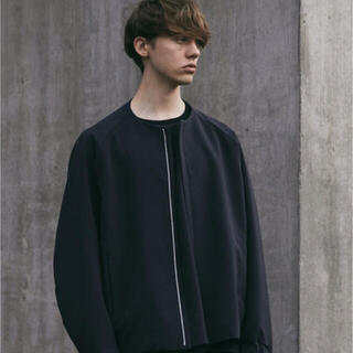 アタッチメント(ATTACHIMENT)の【WYM × ATTACHMENT】NO COLLAR ZIP  BLOUSON(ブルゾン)