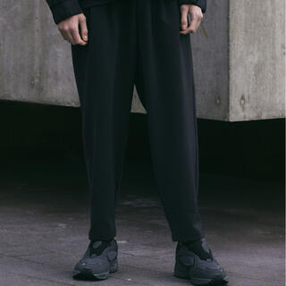 ATTACHIMENT - WYM × ATTACHMENT】 LOOSE TAPERED PANTS