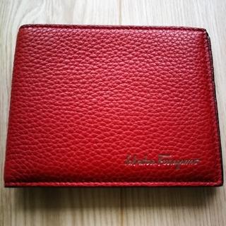 サルヴァトーレフェラガモ(Salvatore Ferragamo)の【新品・未使用】フェラガモ折り財布(折り財布)