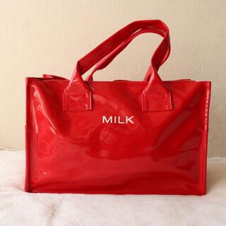ミルク(MILK)のMILK✨エナメル トートバッグ レッド 大容量★ A4 ノートパソコン(トートバッグ)