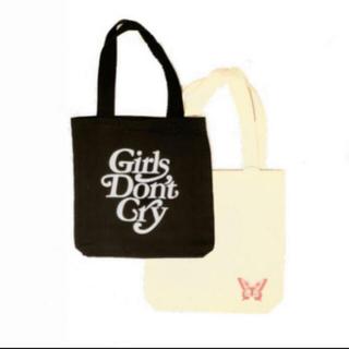ジーディーシー(GDC)の伊勢丹限定 girls don't cry ブラックロゴトートバッグ バタフライ(トートバッグ)