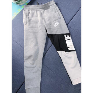 ナイキ(NIKE)のNIKE、スウェット、ズボン、パンツ(ルームウェア)