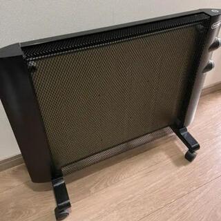 デロンギ(DeLonghi)のデロンギ マイカパネルヒーター HMP900J-B(電気ヒーター)