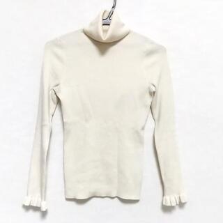 エポカ(EPOCA)のEPOCA(エポカ) 長袖セーター サイズ40 M -(ニット/セーター)