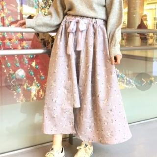 ページボーイ(PAGEBOY)のページボーイ 花柄スカート(ひざ丈スカート)