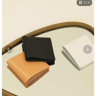 トゥデイフル(TODAYFUL)のトゥデイフル TODAYFUL レザースクエアウォレット ホワイト 財布 (財布)