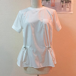 サカイラック(sacai luck)のsacai luck デザインブラウス(シャツ/ブラウス(半袖/袖なし))