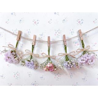 淡い3種のピンクのバラとかすみ草のパステルラベンダードライフラワーガーランド♡(ドライフラワー)