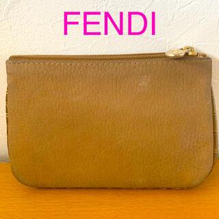 フェンディ(FENDI)のFENDI フェンディバックスキンカードポーチライトブラウンカラー(ポーチ)