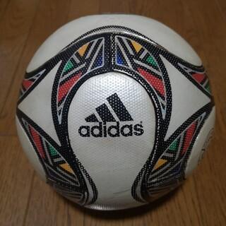 アディダス(adidas)のサッカーボール5号 コパンヤ2009 公式試合球 (ボール)