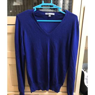 ユニクロ(UNIQLO)のUNIQLO ユニクロ エクストラファイン メリノウール Vネック セーター(ニット/セーター)