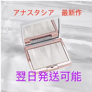セフォラ(Sephora)のアナスタシアAnastasia Iced out  ハイライター ハイライト新作(フェイスパウダー)