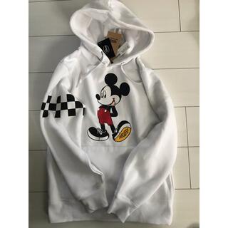 ヴァンズ(VANS)のvans別注Mickey Mouseパーカー(パーカー)